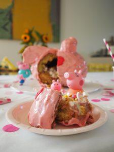 Peppa-Wutz-Kuchen gefüllt
