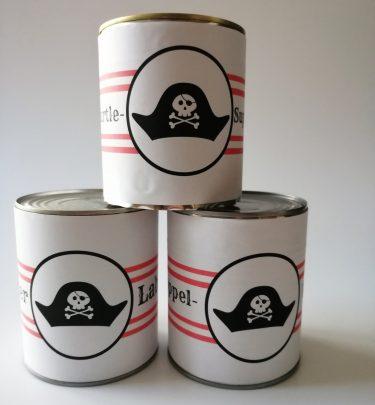 Dosenwerfen Piratengeburtstag