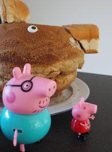 Peppa Wutz Kuchen Seitenansicht