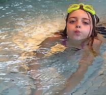Schwimmbad-Geburtstag