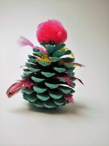 Tannenbaum-Zapfen mit Pompoms