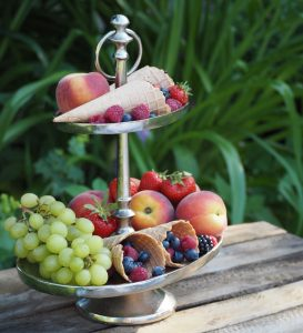 Obst-Etagere