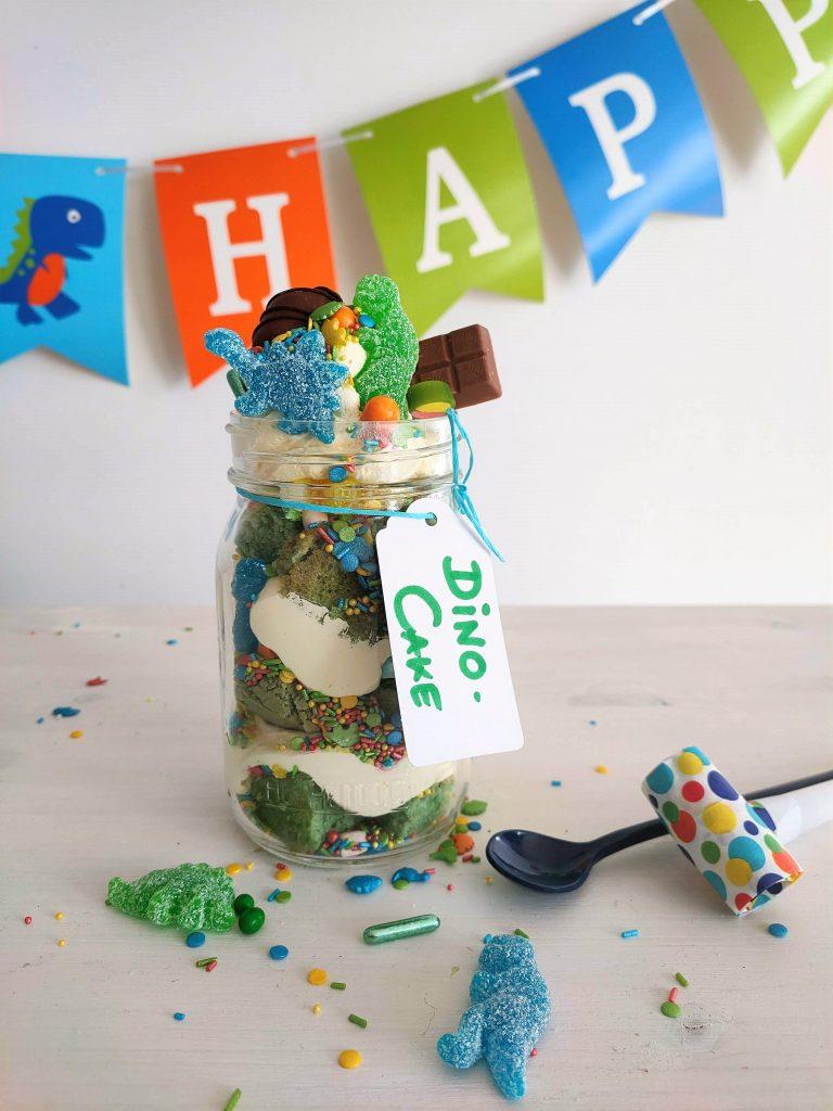 Geburtstagskuchen im Glas